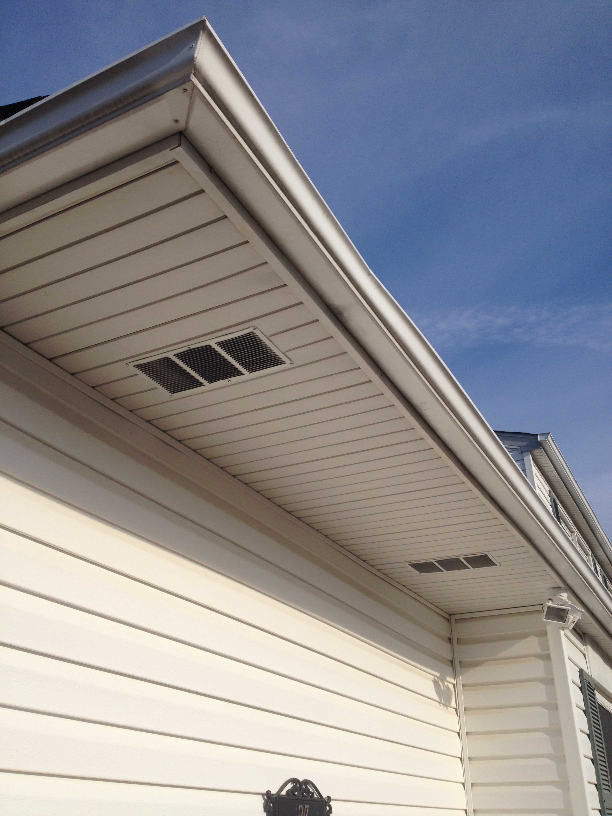 simple soffit vent installation 7