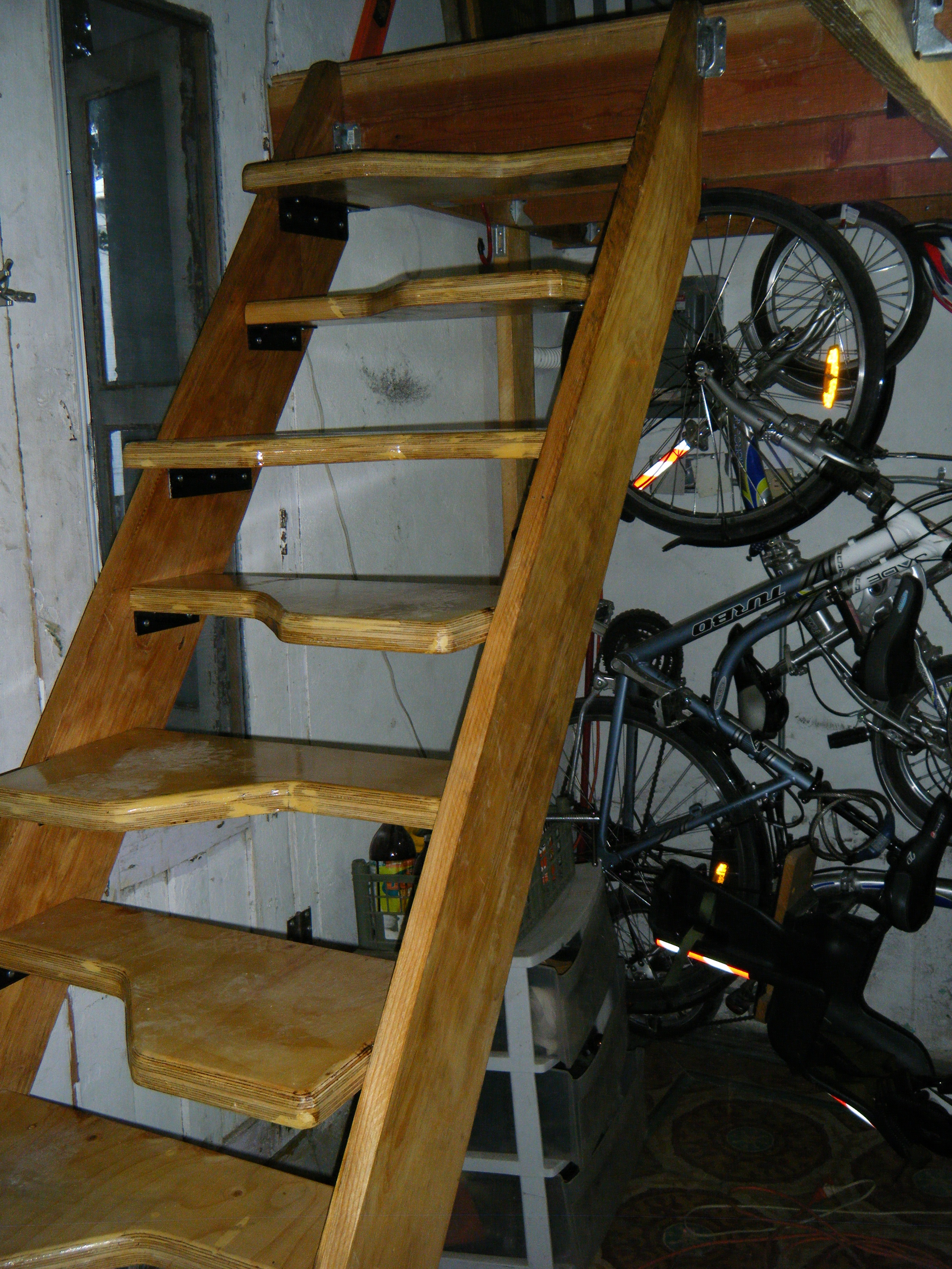 Alternating Tread Stairs : 10 Steps - Instructables