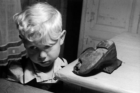 Wear good shoes: advice to young photographers from Magnum's photographers