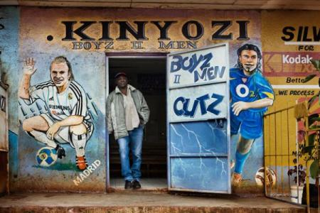 Trading places: the merchants of Nairobi – photos by Steve Bloom