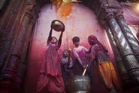 The Holi festival in Vrindavan – photos by Daniel Berehulak