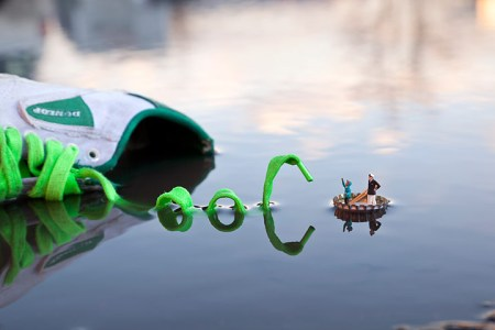 Miniature street art – urban pictures of little people by Slinkachu and Isaac Cordal