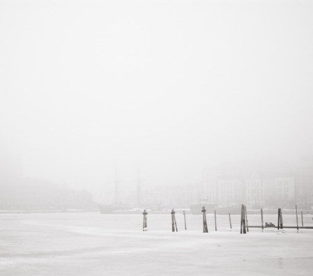 The last winter day – atmospheric black and white photos by Kimmo Savolainen