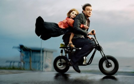 Unconventional celebrity portraits by Martin Schoeller