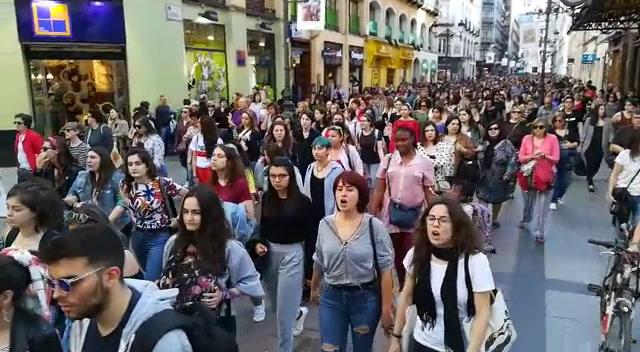 Resultado de imagen de manifestación contra la manada