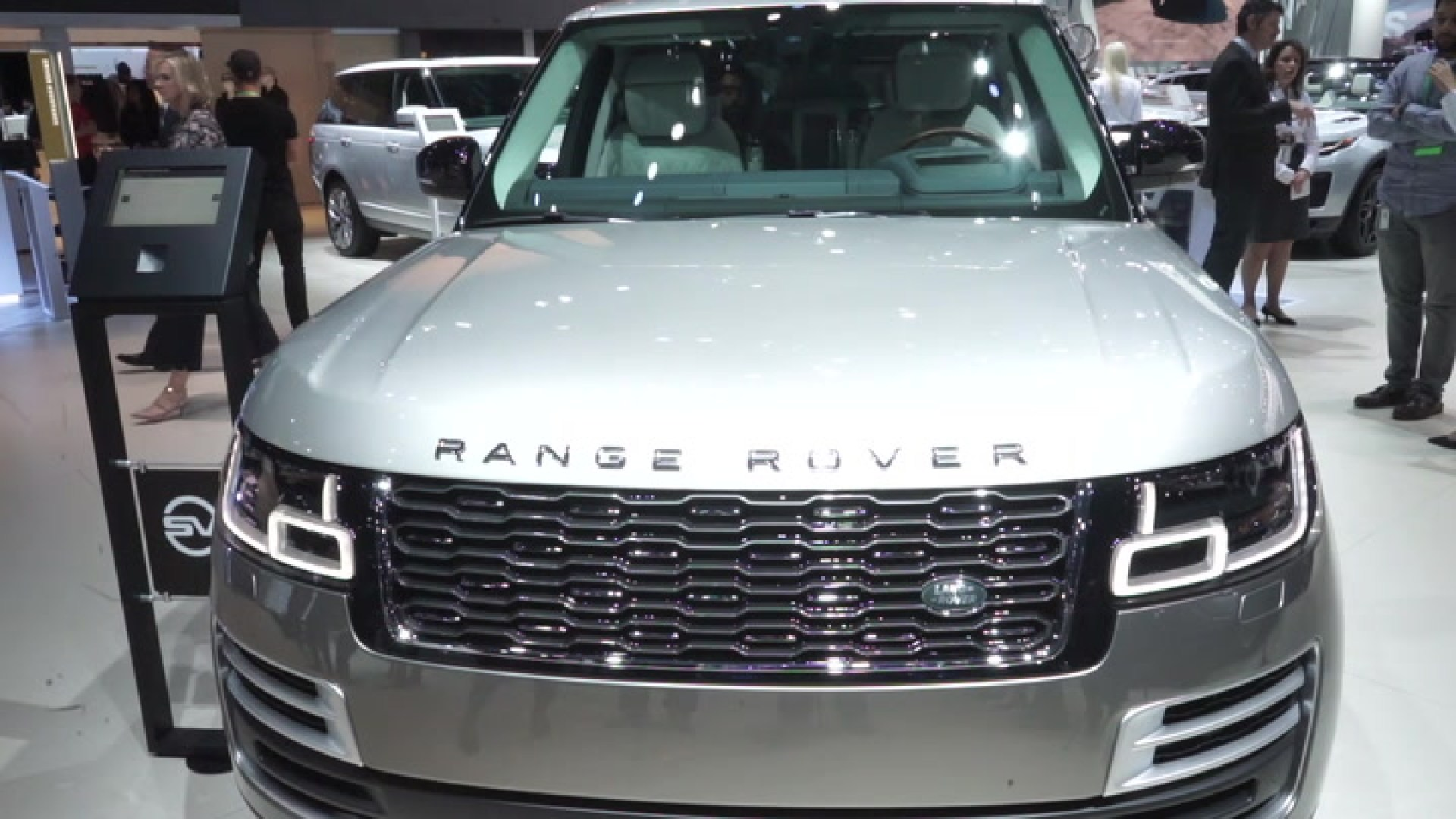 2018 Land Rover Range Rover SVAutobiography is equal parts glitz