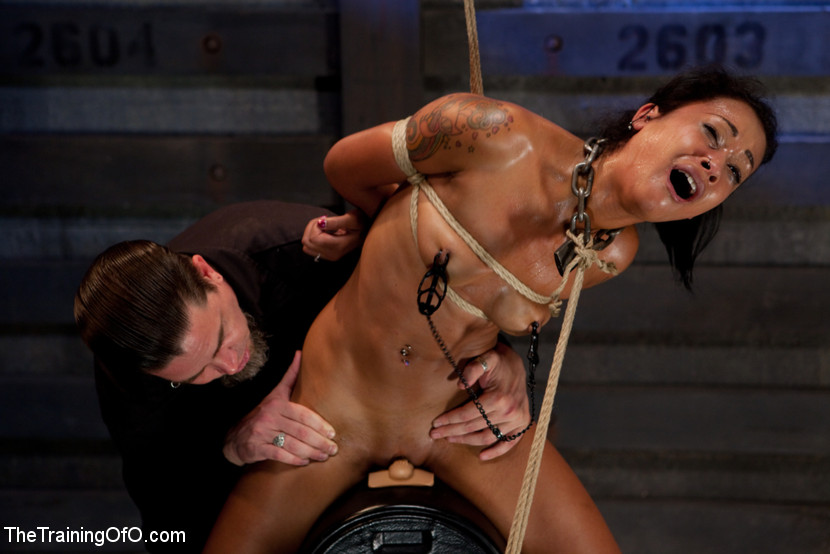 Pelle del diamante giorni 4Intense Predicament Bondage & Non Stop orgasmi Spinge cenere Over the Edge (Kink)