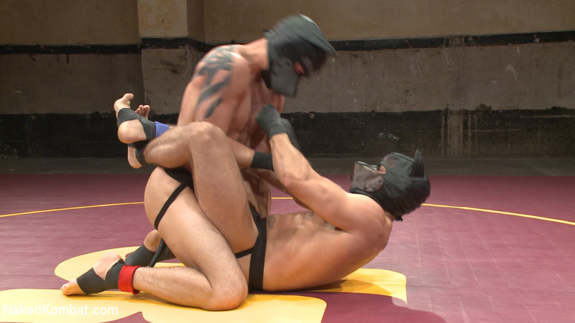 Brock Avery vs. Tyler Rush - The Dog Fight - mask