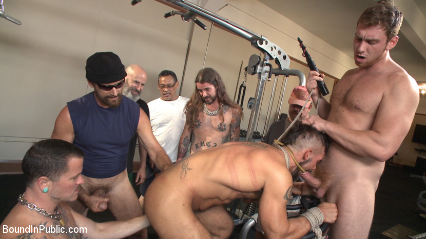 Horny gym goers dump their loads on a muscled gym rat - dildo