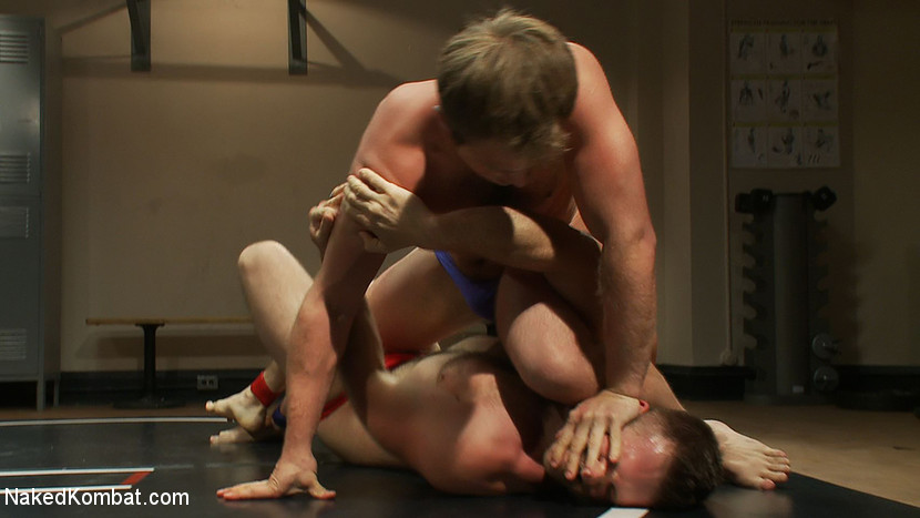 Muscled hunks duke it out in the gym, loser takes it in the ass! - submission