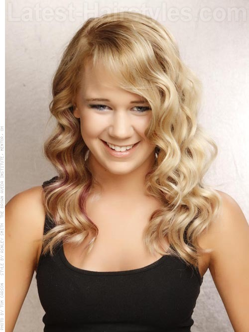 10 Great Ideas For Long Wavy Hairstyles