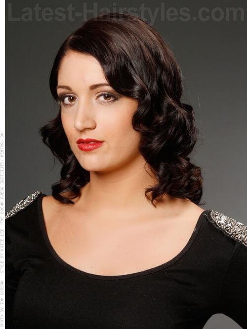 vintage-curls-side-parted-medium-length-style