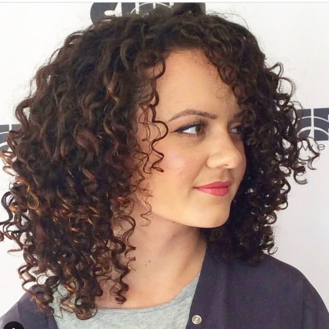24 best shoulder length curly hair ideas (2019 hairstyles)