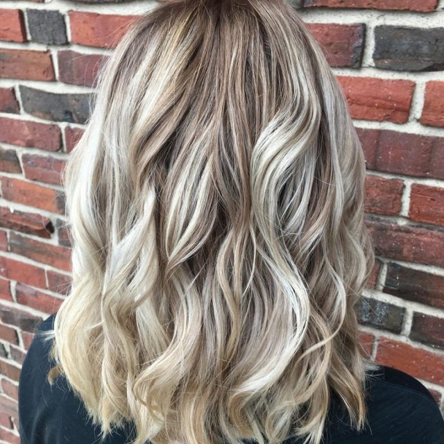 28 blonde hair with lowlights so hot you'll want to try'em