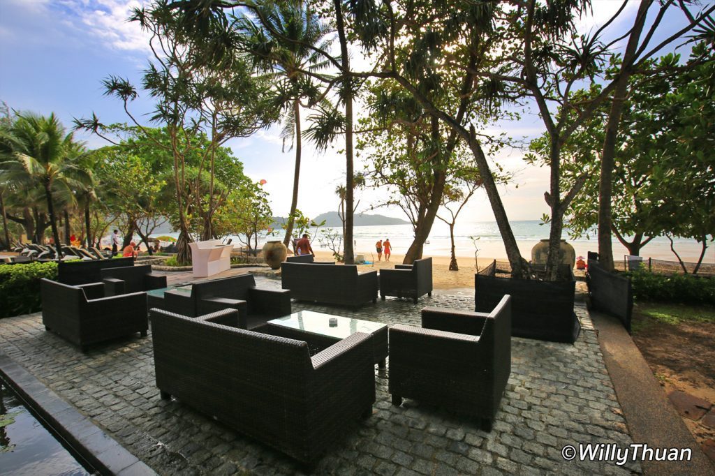 Beach bar at Impiana Resort Patong