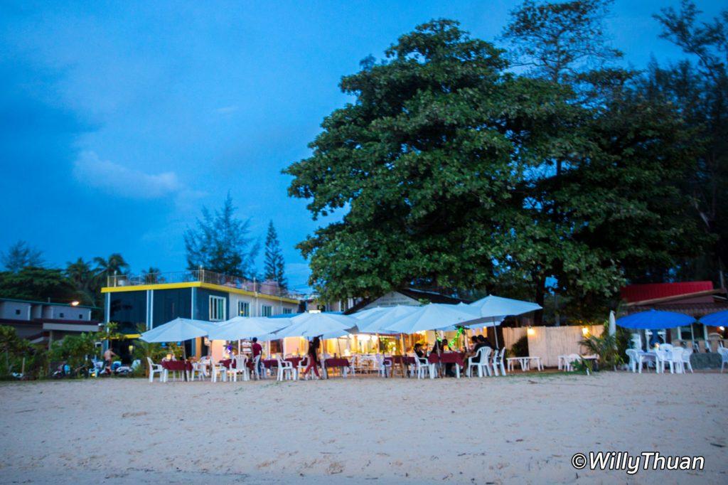 Almond Sea Bar on Nai Yang Beach