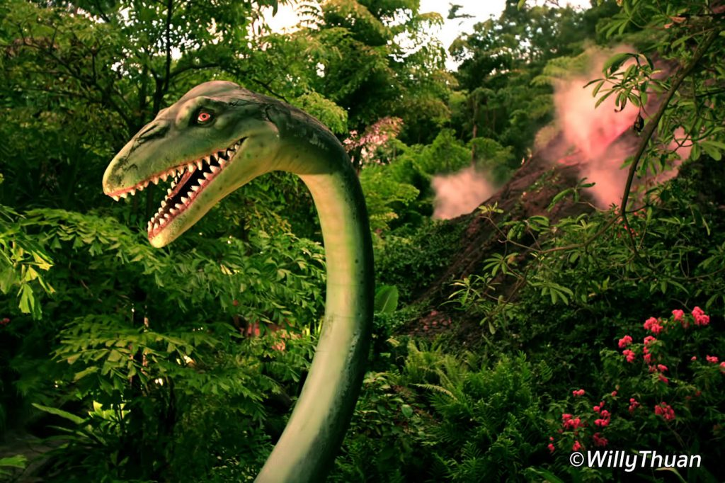 Dino Park Mini Golf in Kata Beach