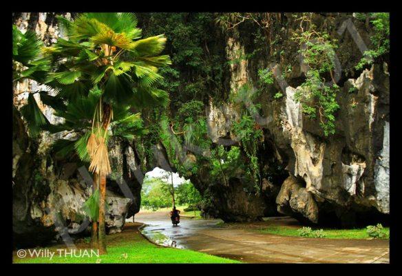 caves-in-phang-nga