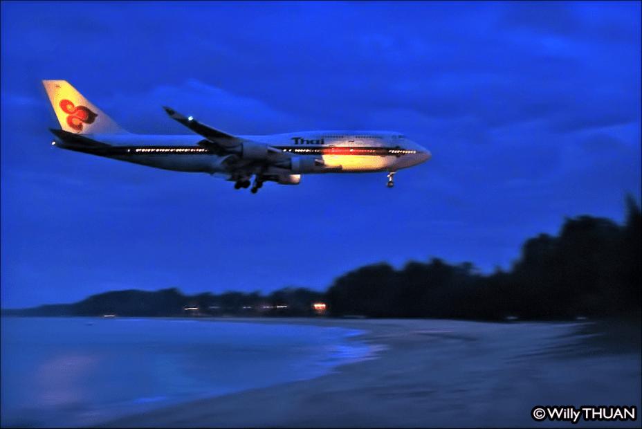 airport-night-1