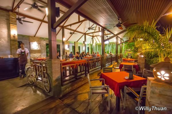 Kaab Gluay Restaurant in Patong Beach