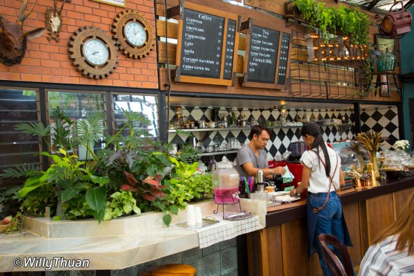 7 Cool Phuket Cafés and Coffee Shops