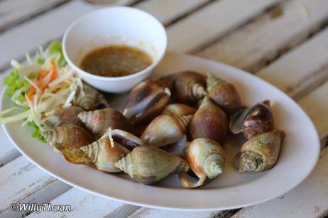 laem-hin-seafood-11
