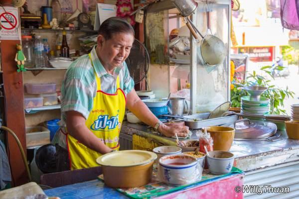 Ko Yoon Restaurant – Hokkien Noodles in Phuket Town