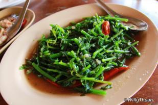 chaiyo-seafood-vegetables