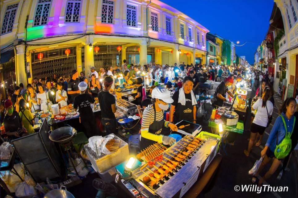 phuket-walking-street-market-3