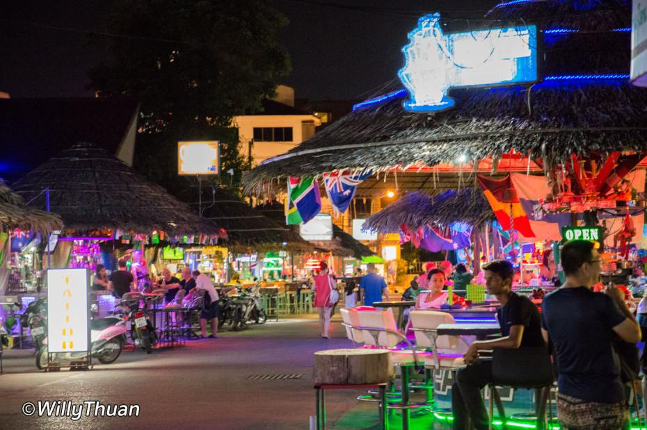 otop-market-bars-phuket