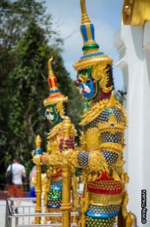 doi-thepnimit-patong-sculptures