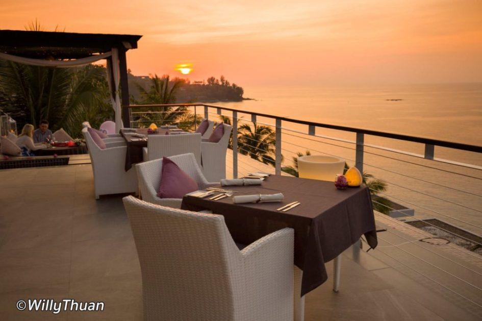 Cape Sienna Sunset Dinner