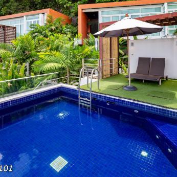 novotel-phuket-kamala-pool-room