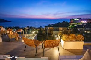 sunset-at-the-sundeck