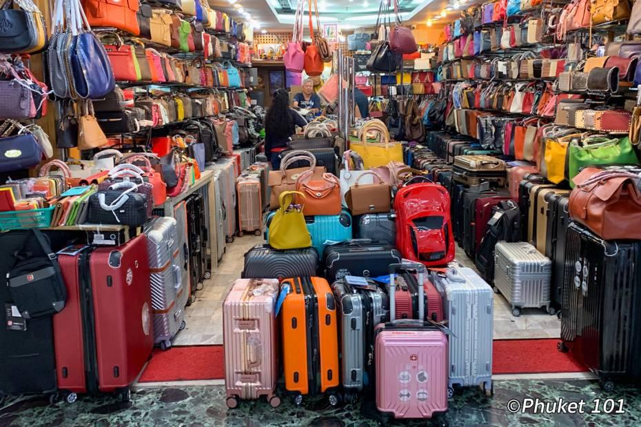 mbk-luggage-shopping-bangkok