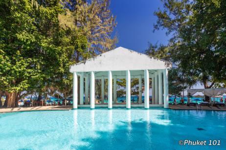 maiton-island-pool