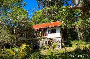 maiton-island-abandonned-villa-1