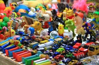 rod-fai-market-toys