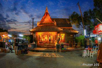 rod-fai-market-bangkok