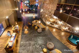 Hotel Indigo Lobby