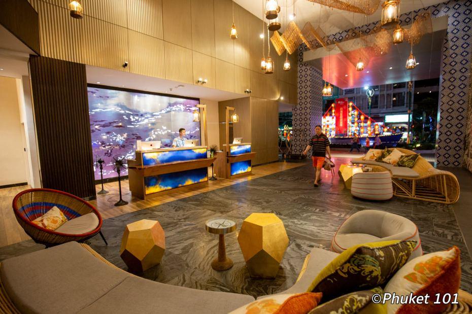 indigo-hotel-phuket-reception
