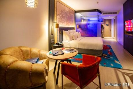 indigo-hotel-phuket-bedroon-2