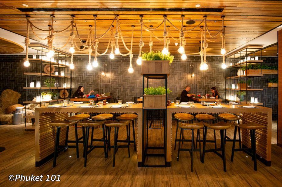 indigo-hotel-phuket-bar-1