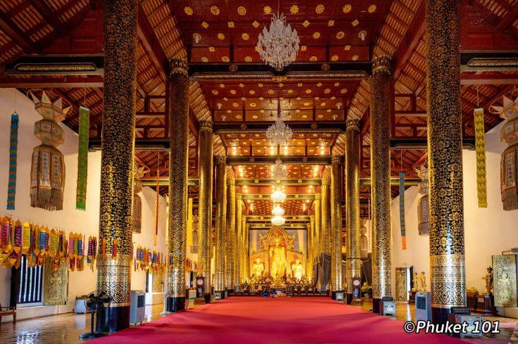 wat-chedi-luang-chiang-mai-thailand