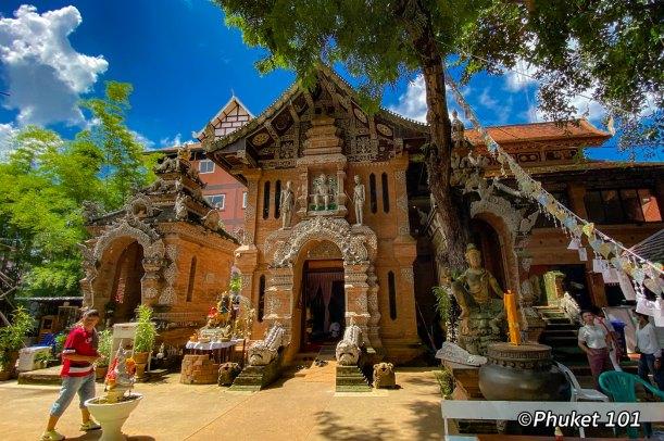 wao-lok-moli-chiang-mai-thailand