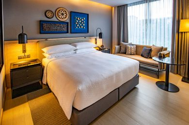 four-points-by-sheraton-bedroom-1a