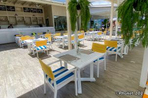 the-port-restaurant-double-tree-by-hilton-phuket-1