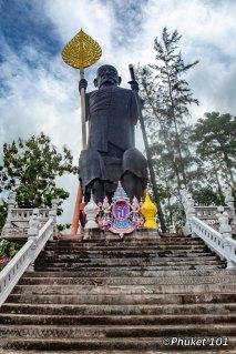 old-wat-phra-nang-sang-phuket-island