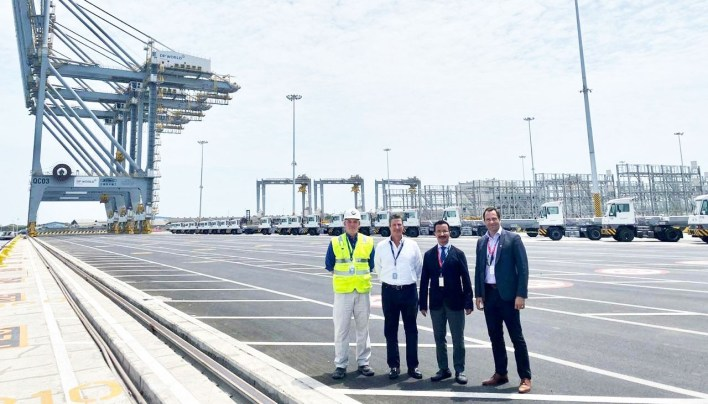 DP World Group Chairman & CEO visits the facility