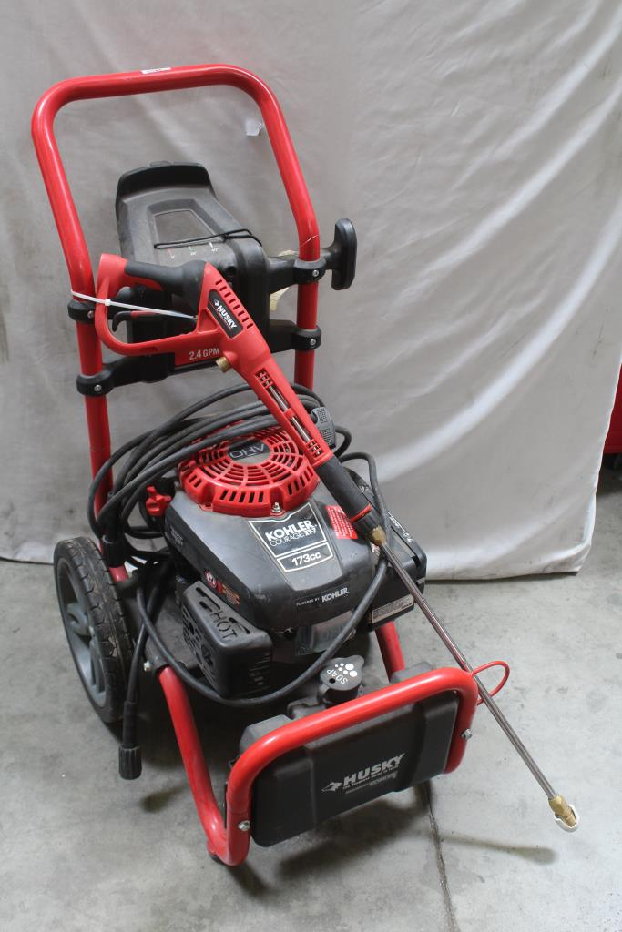 Husky 2600 Psi 2 4 Gpm Pressure Washer
